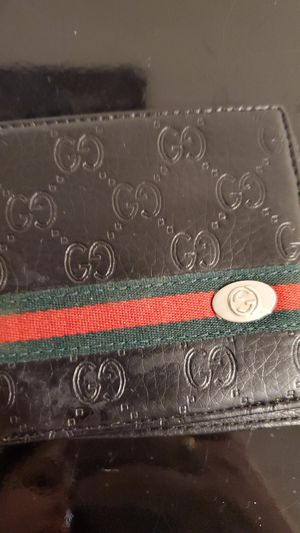 Gucci wallet for Sale in Perryville, MD