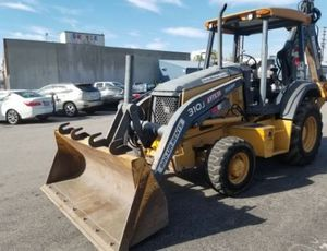 John Deere Backhoe for Sale in Los Angeles, CA