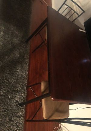 Small wooden kitchen table with 4 chairs for Sale in North Brunswick Township, NJ