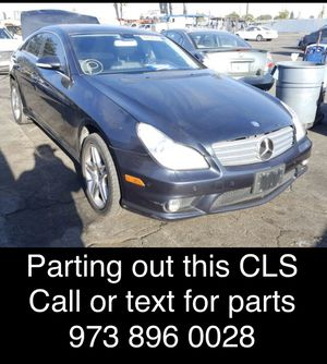 Parting out 2006 MERCEDES CLS cls500 cls550 for Sale in Rocklin, CA
