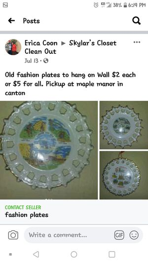 Plates to hang on wall for Sale in Canton, IL