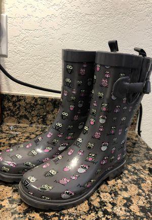 RAIN BOOTS for Sale in Hesperia, CA