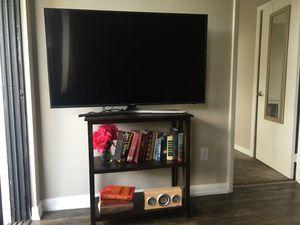 50 inch Samsung smart tv w internet and apps for Sale in North Miami, FL