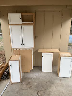 Kitchen cabinets whole set for Sale in Vancouver, WA