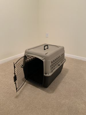 "Dog Crate / Kennel L = 26"" W = 16"" H = 20"" for Sale in Manassas Park, VA"