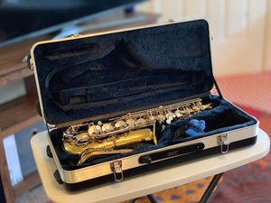 Selmer Alto Saxophone AS500 Comes With Black Case for Sale in Cary, NC