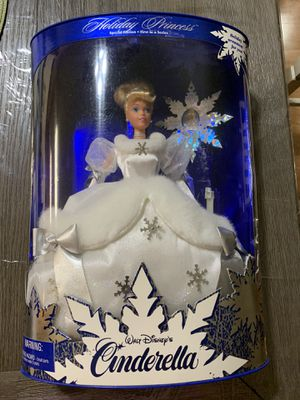 Disney Holiday Princess Cinderella 1st edition for Sale in Wesley Chapel, FL