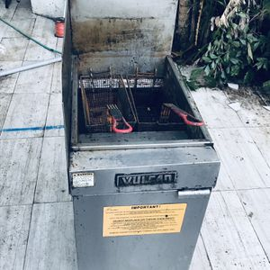 1 VULCAN FRYER for Sale in Miami, FL