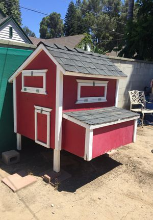 Chicken Coop for Sale in Riverside, CA