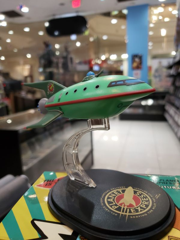 Futurama Planet Express Ship
