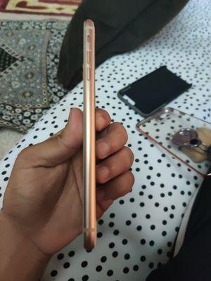 iPhone 8 plus rose gold for Sale in Eldersburg, MD