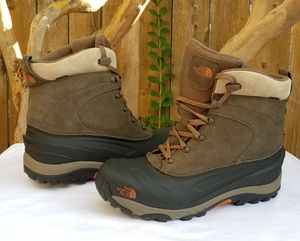 The North Face - M CHILKAT heaktseeker boots for Sale in Arlington, TX