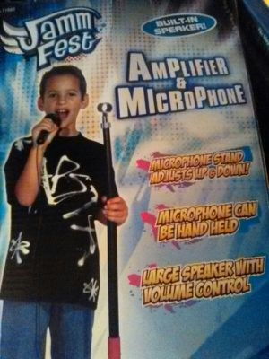 AmpLifier & Microphone for Sale in Grove City, OH