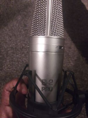 Behringer B-2 Pro condenser mic for Sale in St. Louis, MO