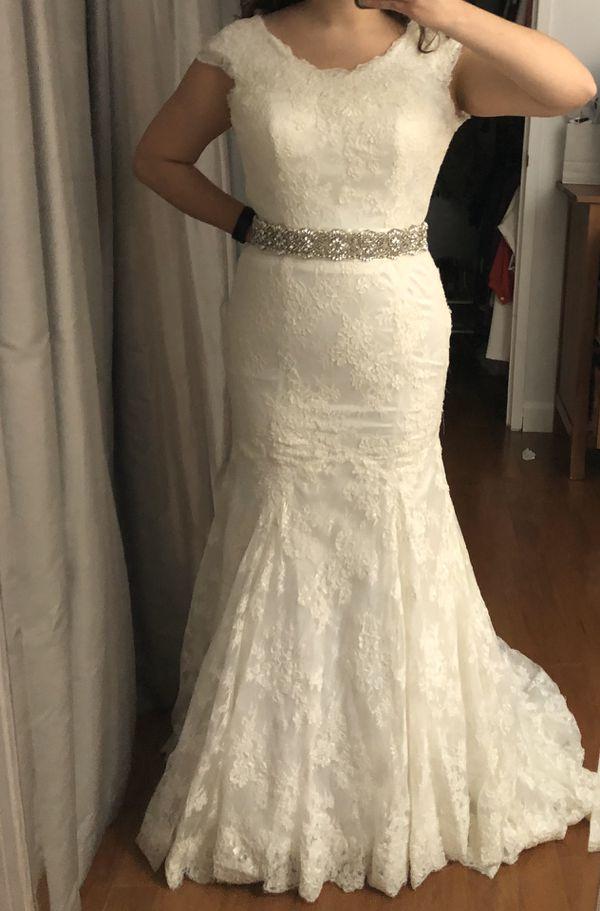 Ivory Allure Wedding Dress