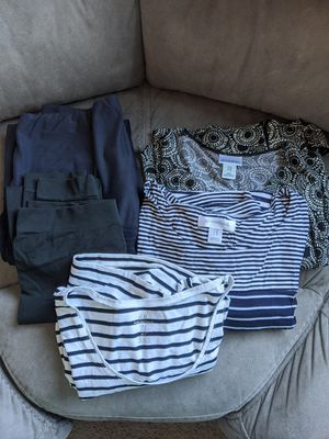 Medium Maternity Clothes for Sale in Lake Stevens, WA