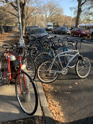 Bike Sale Saturday 11/28 Sunday 11/29 Road Hybrid mountain trek jamis mongoose univega Panasonic Diamondback $180-$400 for Sale in Brooklyn, NY
