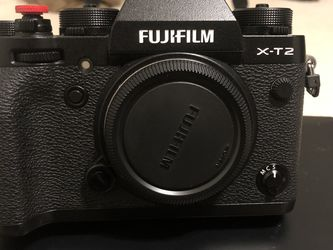 Fuji X-t2 Body Camera , Batteries , Flash And Battery Grip for Sale in Stockton,  CA
