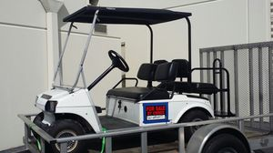Club car golf cart with charger for Sale in Lake Worth, FL