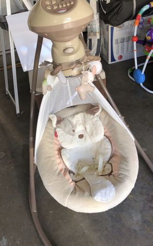 Fisher Price Snug a puppy baby swing for Sale in Diamond Bar, CA