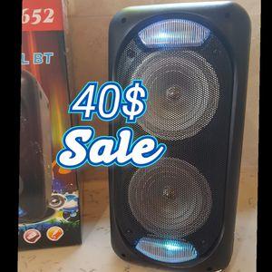 Wireless Bluetooth speaker for Sale in Bakersfield, CA
