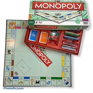 Monopoly French Edition Board Game for Sale in Princeton, NJ