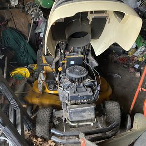 Cub Cadet Mower 50 Inch Cut for Sale in Dallas, TX