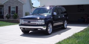 Suv*20O4 Chevrolet Tahoe FWDWheels*Needs.Nothing* for Sale in Chicago, IL