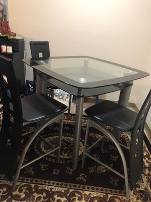 Glass dining table, 3 chairs for Sale in Modesto, CA