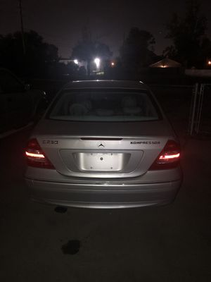 Mercedes benz 2004 Parts Only for Sale in Orlando, FL