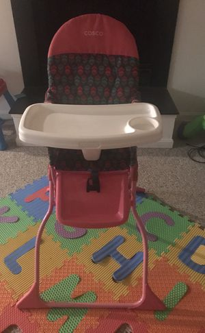 Cosco Highchair for Sale in Frederick, MD