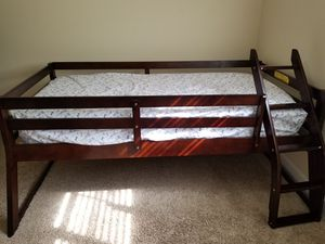 Twin over Full bunk bed with dresser for Sale in Nashville, TN