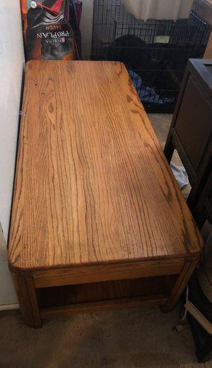 Nice oak wood coffee table for Sale in Renton, WA