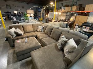 Sectional Sofa with Ottoman, Brown for Sale in Santa Fe Springs, CA