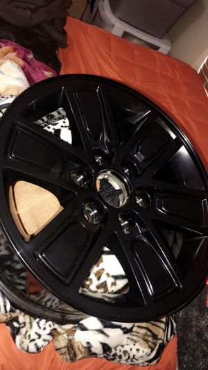 "17"" GMC Sierra Stock Rims ! for Sale in Oak Hills, CA"