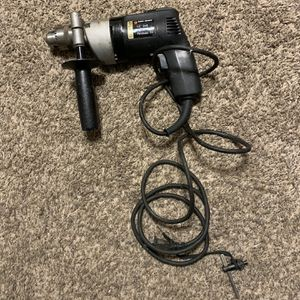 """Black And Decker 1/2"""" Corded Drill for Sale in Elmwood, IL"""