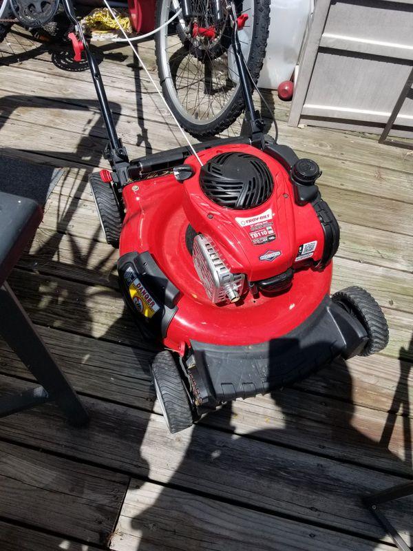 2 yr old Troy-bilt lawmower