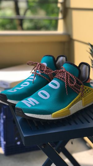 Human Race NMD Trail Sun Glow size 11(used) for Sale in Portland, OR