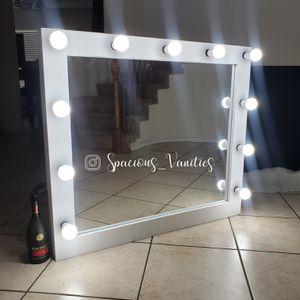 XL makeup vanity mirror 37x44 for Sale in Beaumont, CA