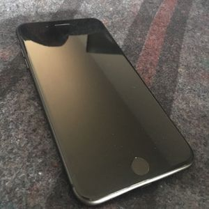 iPhone 8 Plus 256G for Sale in Oregon City, OR