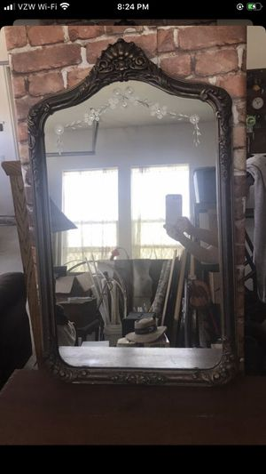 Antique etched glass mirror for Sale in Colton, CA