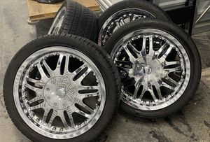 "18"" chrome rims MUST SELL for Sale in Redmond, WA"