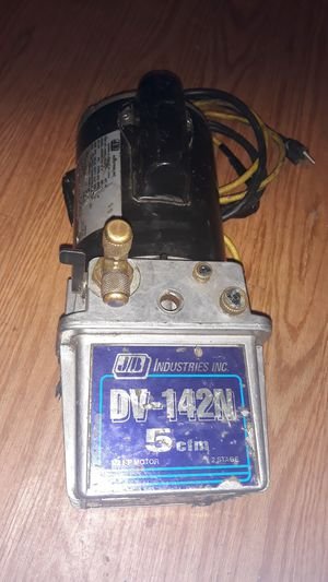 J/B Industries inc. DV-142N 5cfm fast vacuum for Sale in Fontana, CA