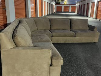 FREE DELIVERY Sectional Couch for Sale in Tampa,  FL