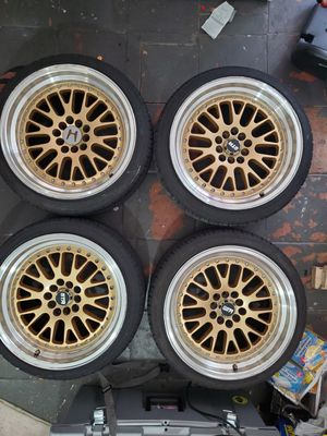 aros 5lug universal (rims wheels tires) for Sale in Kissimmee, FL