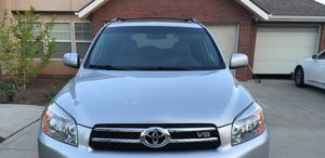 Great 07 Toyota Rav4 Clean 4WDWheels for Sale in Peoria, IL