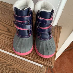 Gymboree Girls Snow Boots for Sale in Los Alamitos, CA