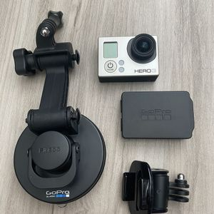GoPro Hero 3 white edition with accessories for Sale in Tampa, FL