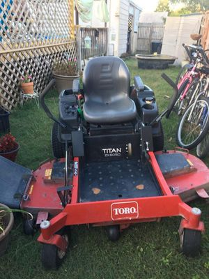 60 inch toro 26 hp kawaski for Sale in Norfolk, VA