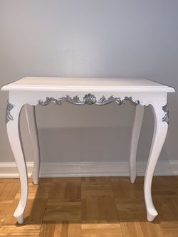 Antique Table for Sale in Woodbury,  NJ